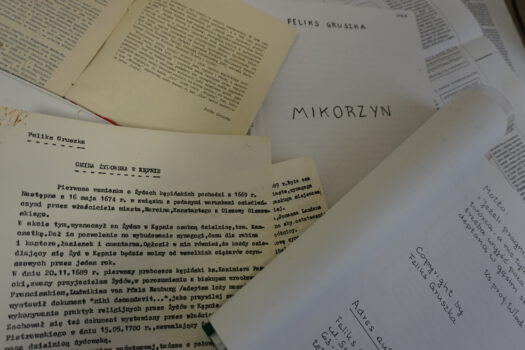 Dokumenty związane z Kępnem napisane przez Felisa Gruszkę